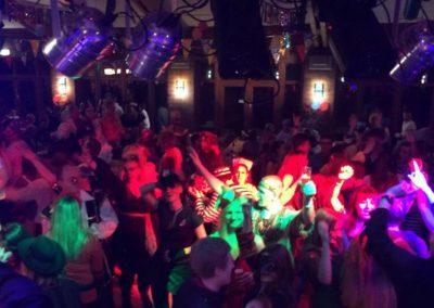 Bühne an Karneval in Dormagen